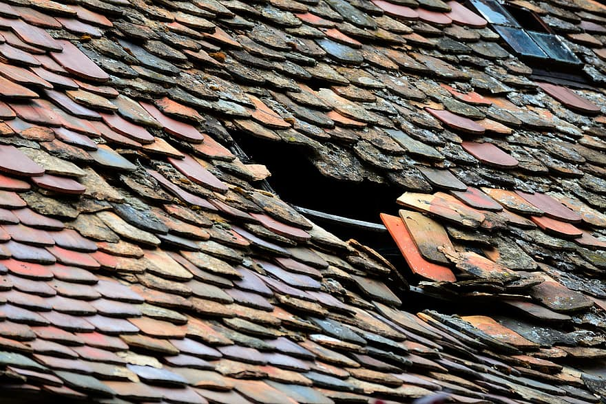 How Long Does it Take to Re-Roof a House?